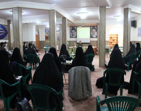 برگزاری جلسه هم اندیشی معاونین پرورشی مدارس امام حسین (علیه السلام)